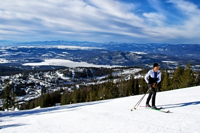 Mike Foote broke the world record for most vertical feet skied in a 24 hour period at Whitefish Mountain Resort on March 17 and 18, 2018. Justin Franz | Flathead Beacon